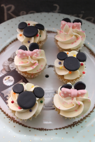 Mini Cupcakes Mickey Minnie