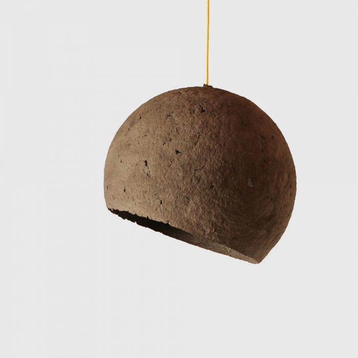 brown-paper-pendant-lamp-moon-sustainable-lamps-ekohunters-crea-re