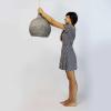 lampara-sostenible-techo-papel-gris-drop-lamparas-ecologicas-ekohunters-crea-re