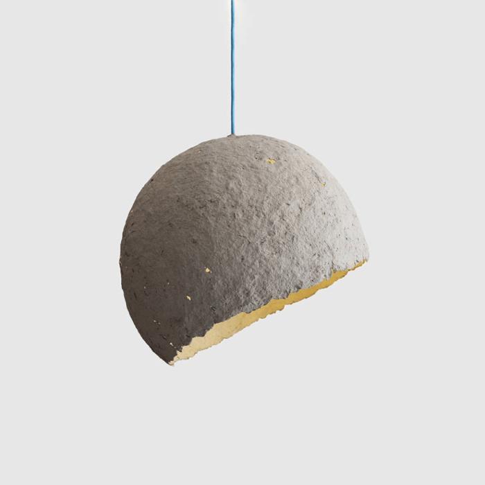 lampara-sostenible-techo-papel-gris-globe-lamparas-ecologicas-ekohunters-crea-re