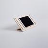 soporte-tablet-madera-detablet-ekohunters-debosc-ecodiseño
