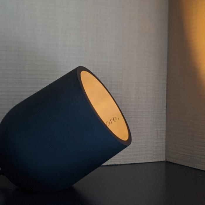 eco-friendly-archy-table-lamp-black-medium-ekohunters-more-circular