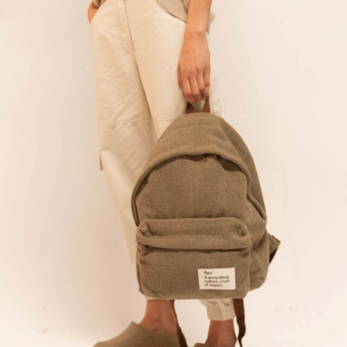 eco-friendly-green-message-backpack-ekohunters-hemper-sustainable-lifestyle