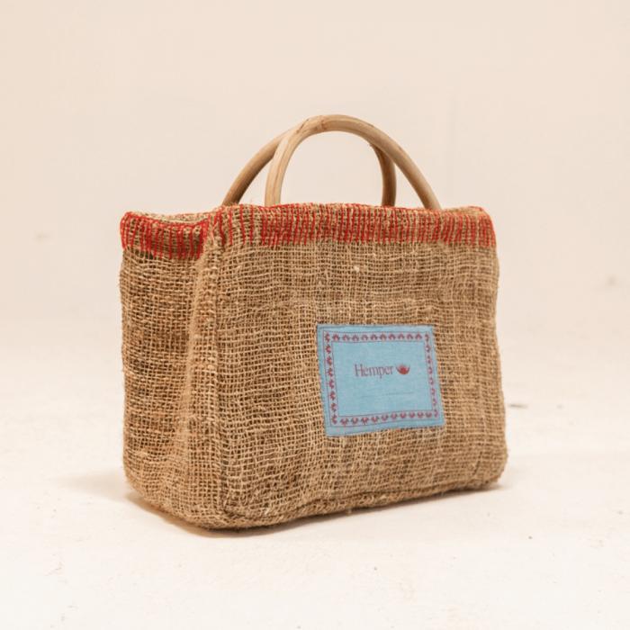 eco-friendly-thorong-basket-ekohunters-hemper-sustainable-fashion-accessories