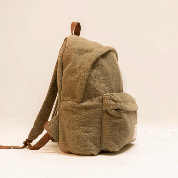 eco-friendly-green-message-backpack-hemp-fibers-ekohunters-hemper-sustainable-lifestyle