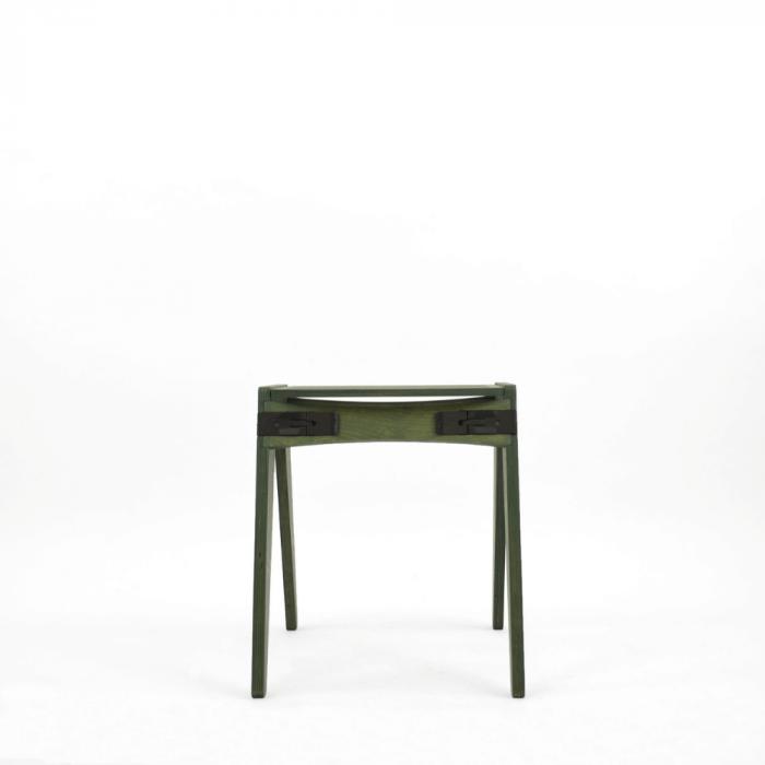 taburete-verde-madera-originals-ekohunters-fuzl-muebles-ecologicos-mobiliario-sostenible
