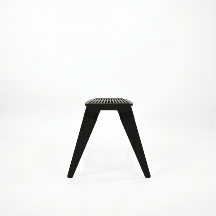 eco-friendly-birch-wood-black-bench-originals-sustainable-furniture