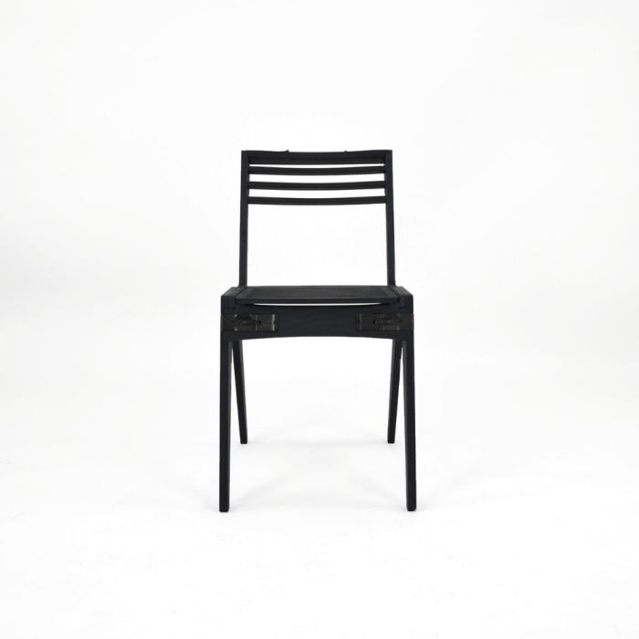 silla-madera-ecologica-abedul-azul-originals-ekohunters-fuzl-muebles-ecologicos-mobiliario-sostenible