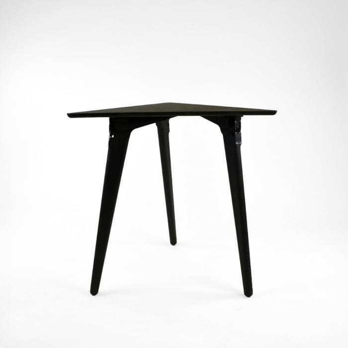 mesa-auxiliar-sostenible-negra-madera-originals-triangle-ekohunters-fuzl