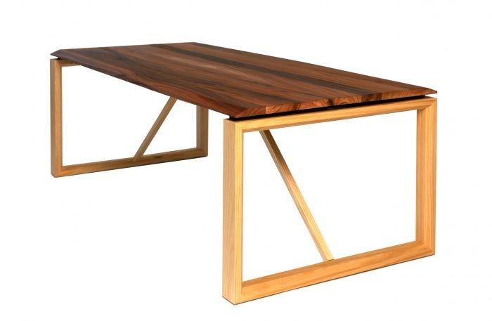 sustainable-ponte-pine-wood-dinning-table-ekohunters-eco-friendly-furniture-vea-mobiliario