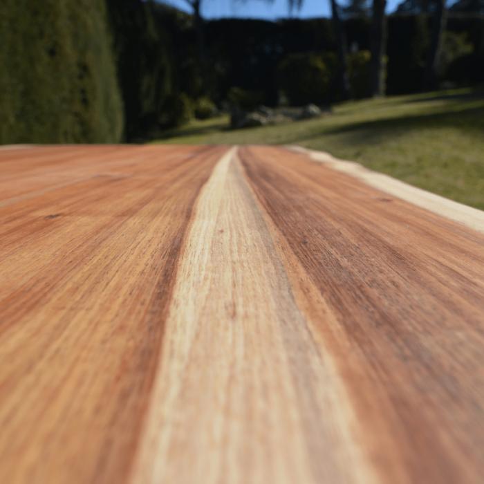 mesa-baja-madera-acacia-ara-ekohunters-vea-mesas-sostenibles-mobiliario-ecologico