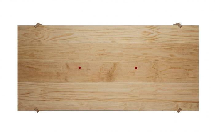 mesa-comedor-ecologica-madera-pino-gallego-xogo-ekohunters-mubles-ecologicos-vea-mobiliairio