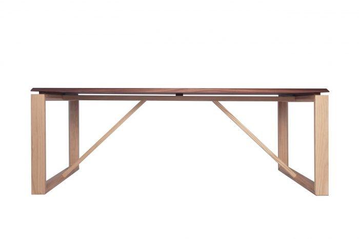eco-friendly-ponte-pine-wood-dinning-table-ekohunters-eco-friendly-furniture-vea-mobiliario