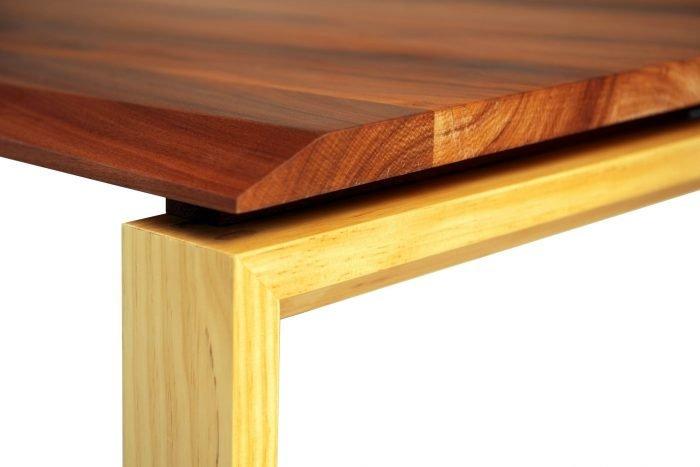 mesa-comedor-ecologica-madera-pino-ponte-ekohunters-mubles-ecologicos-vea-mobiliairio