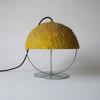 lampara-suelo-sostenible-papel-bellota-amarilla-ekohunters-crea-re-lamparas-ecologicas