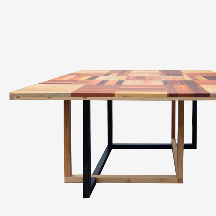 creba-wood-eco-friendly-dinning-table-ekohunters-sustainable-furniture-vea-mobiliario