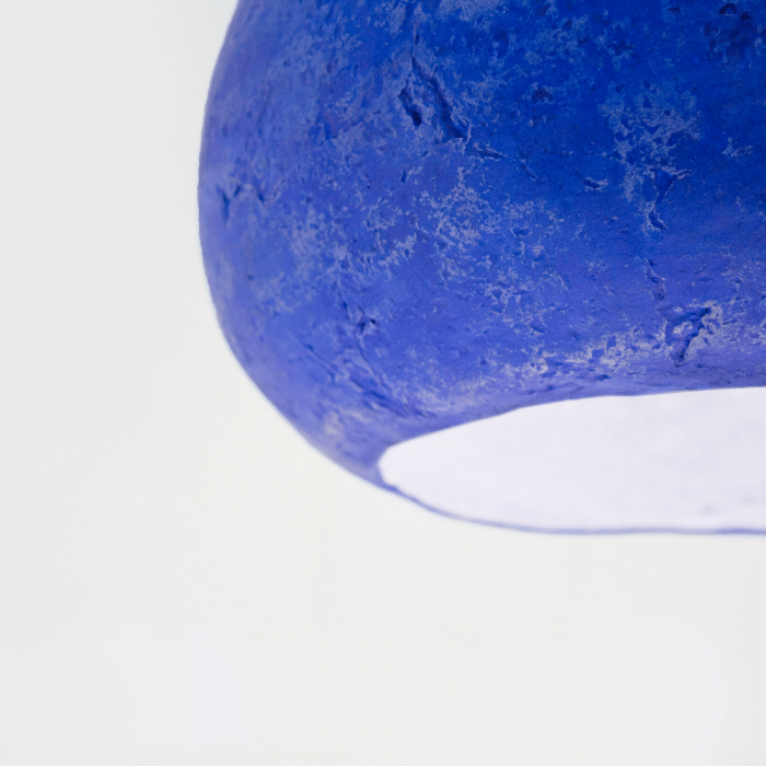 sustainable-bright-ultramarine-paper-pendant-lamp-morphe-II-siena-sustainable-lamps-ekohunters-crea-re-inspiring-changes