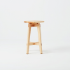 taburete-madera-sostenible-razi-ekohunters-likenwood
