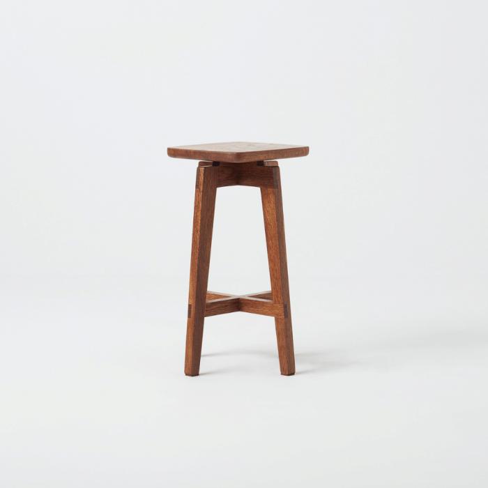 eco-friendly-raiz-wooden-stool-ekohunters-eco-friendly-furniture
