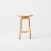 taburete-madera-sostenible-razi-ekohunters-likenwood-muebles-ecologicos