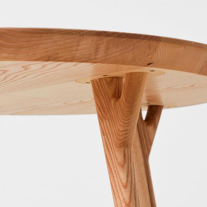 dolmen-round-wooden-eco-friendly-side-table-ekohunters-likenwood