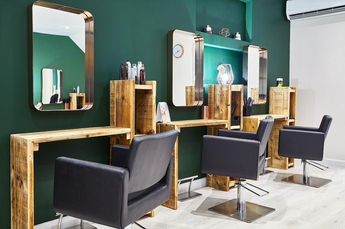 Intérieur de l'établissement Finsbury Park Margaux Salon à Londres