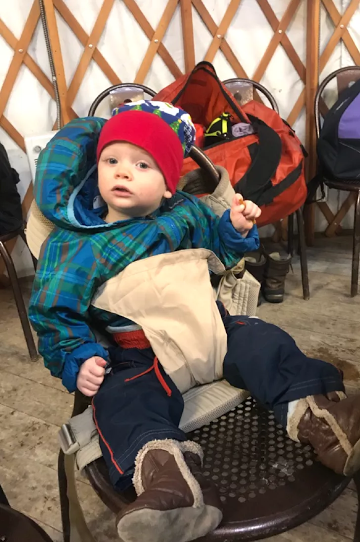 Onya Nexstep carrier turns into a child travel chair