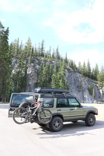 Parking lot at Sunshine climbing in Alberta, very short approach to the crag