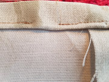 gap in stitches for elastic