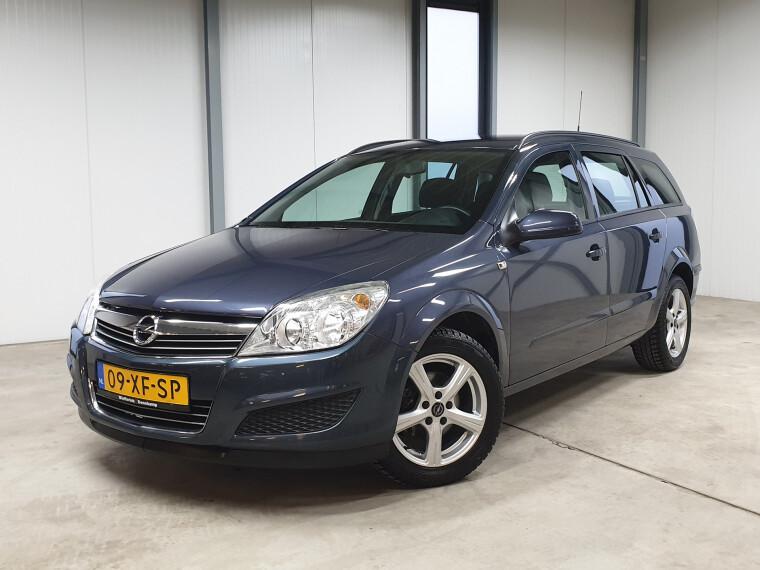 Opel Astra Wagon 1.6-16V Business navigatie airco bluetooth