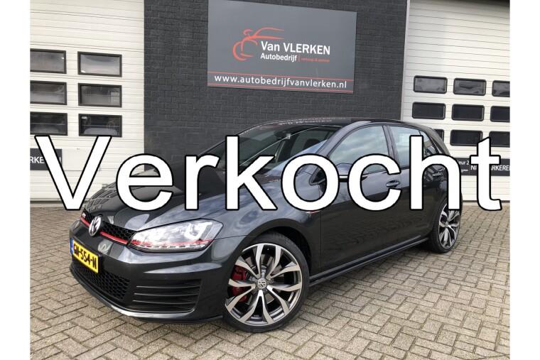 Foto van Volkswagen Golf 2.0 TSI GTI Performance NL Auto