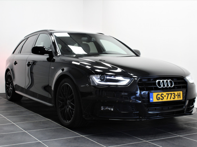 Foto van Audi A4 Avant 1.8 TFSI S Line Competition/Pano Dak/All Black
