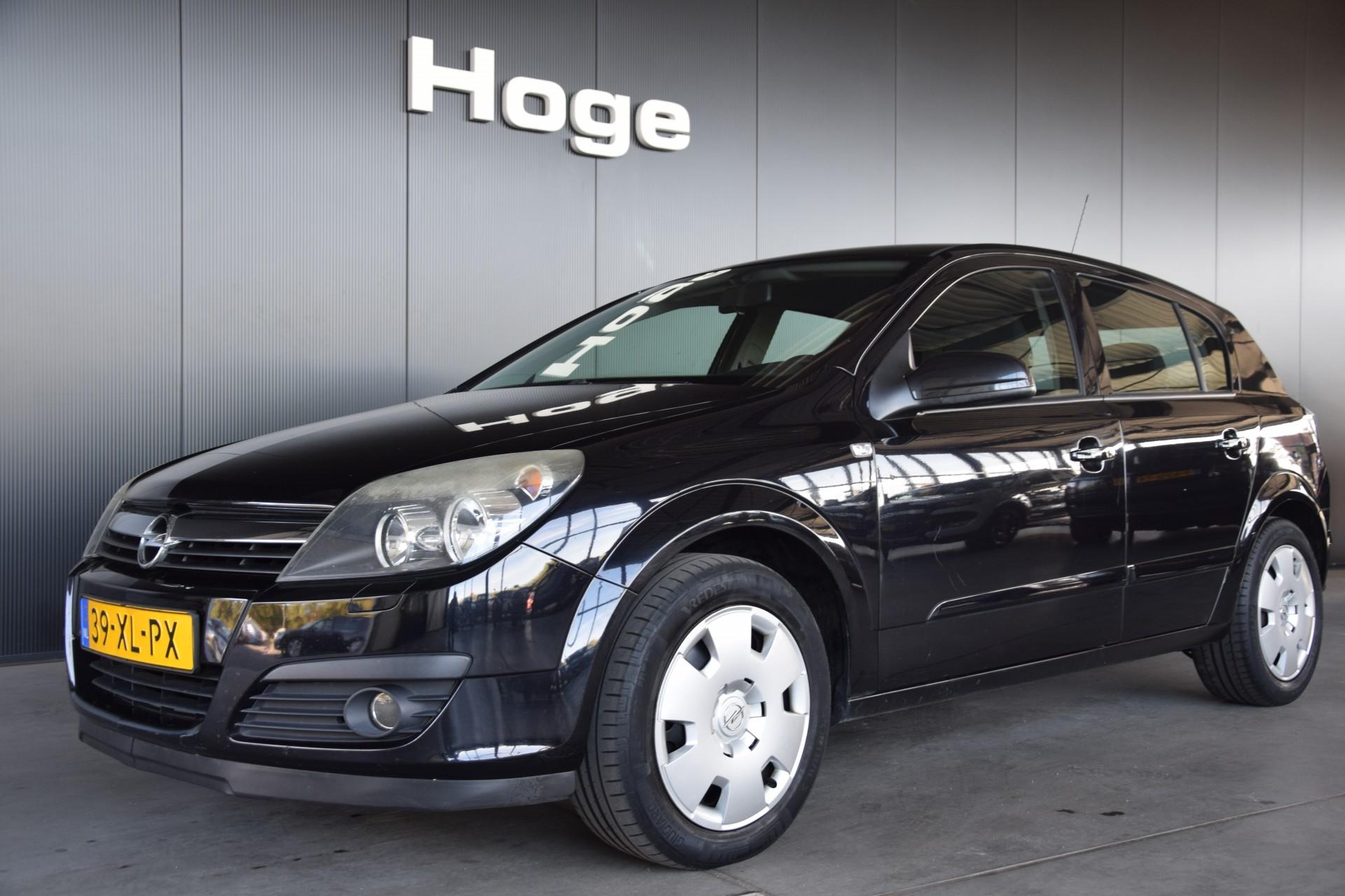 Opel Astra 1 6 Essentia Airco Trekhaak Elektrische Ramen