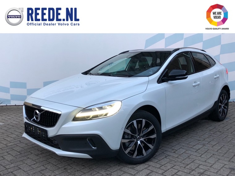 Foto van Volvo V40 Cross Country T3 Geartronic Dynamic Edition Luxury