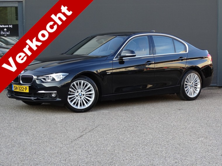 Foto van BMW 3 Serie 320i High Executive Luxury Sedan