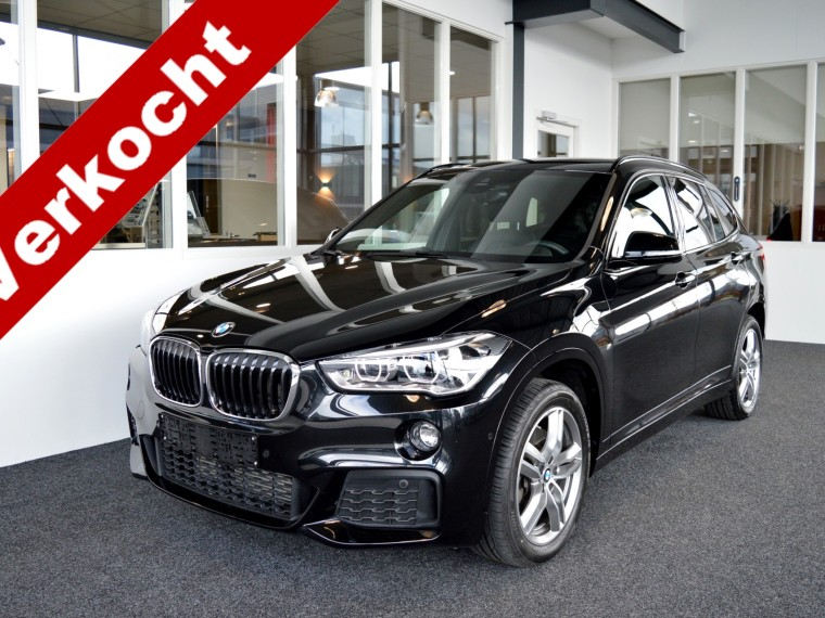 Foto van BMW X1 2.5i xDrive M-Sportedition Aut8
