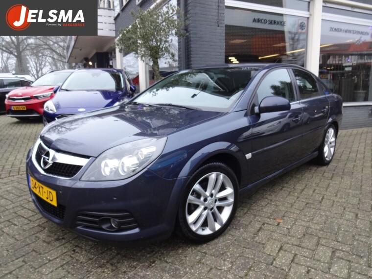 Foto van Opel Vectra GTS 1.8-16v 140pk Business