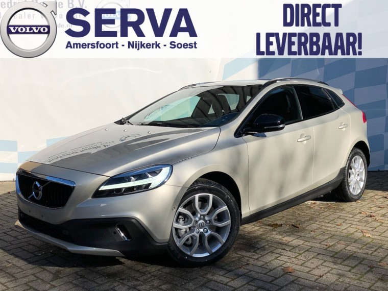 Foto van Volvo V40 Cross Country T3 Geartronic Polar+ Luxury