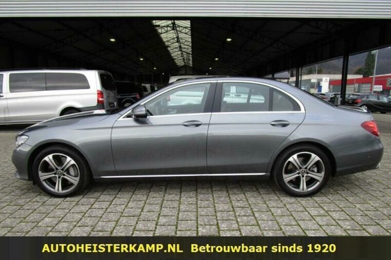 Mercedes-Benz E-Klasse 400 d 4Matic 340 PK Luchtvering Distronic Head-Up Standkachel
