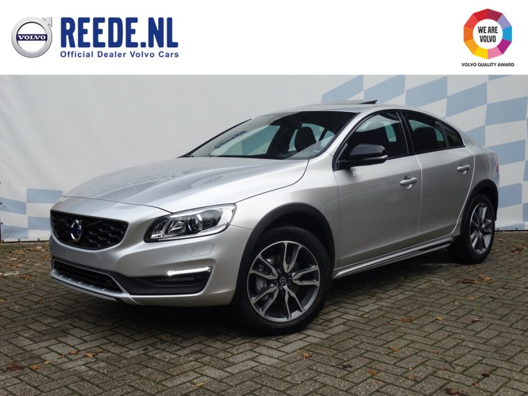 Foto van Volvo S60 Cross Country D3 Geartronic Nordic+