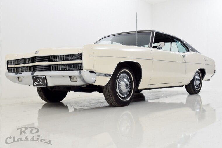 Ford Galaxie XL 2D Hardtop Coupe