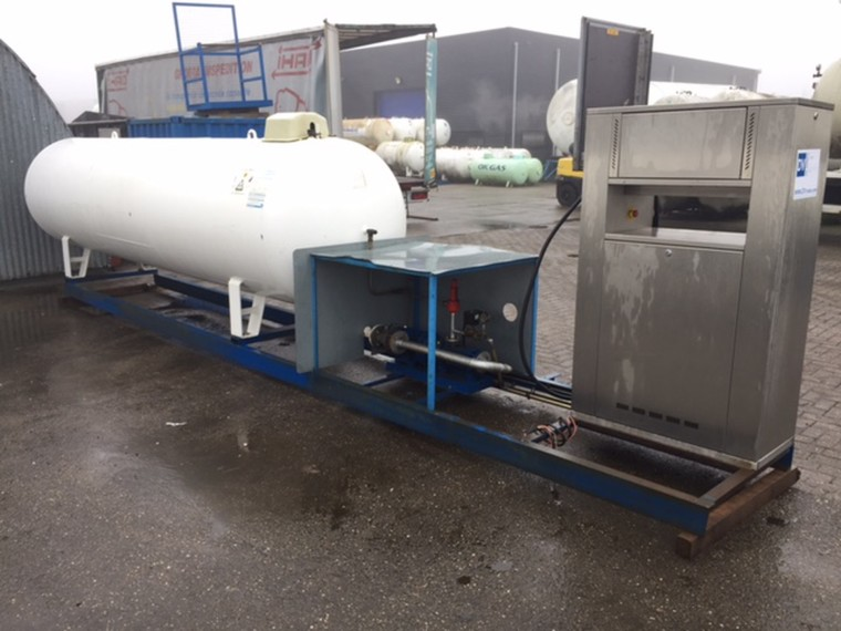 Foto van used skid installation differents setups multiple pieces available for direct sale.