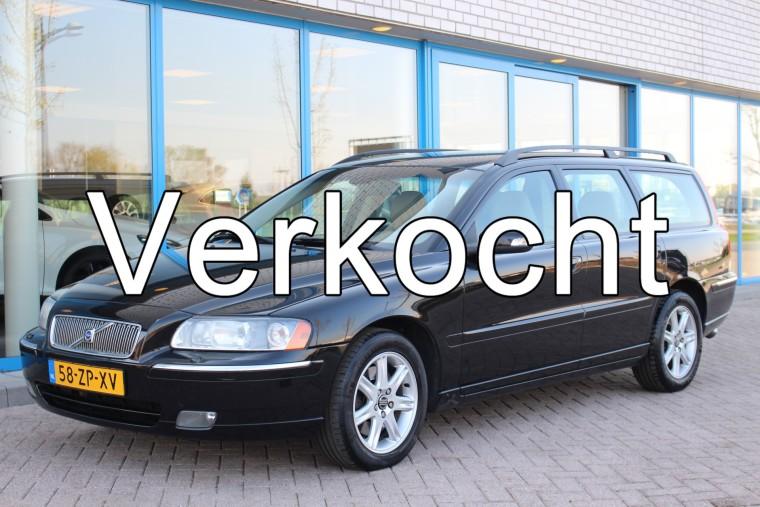 Foto van Volvo V70 2.4 D5 AUT Edition