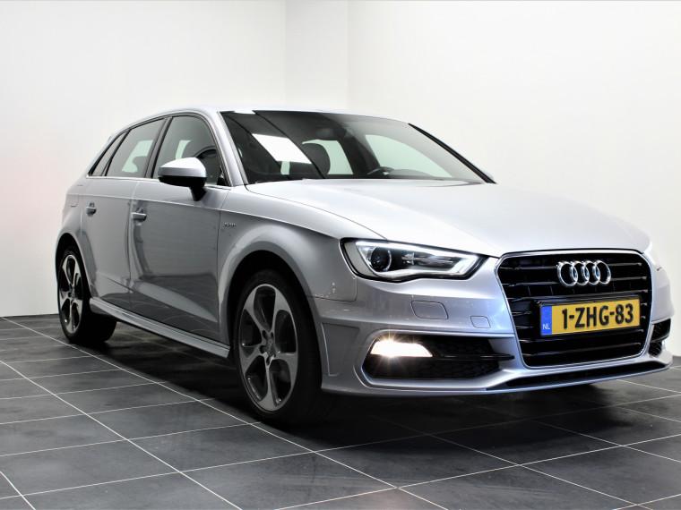 Foto van Audi A3 Sportback 1.4 S Line Automaat/Navi/Sportstoelen/2x S Line