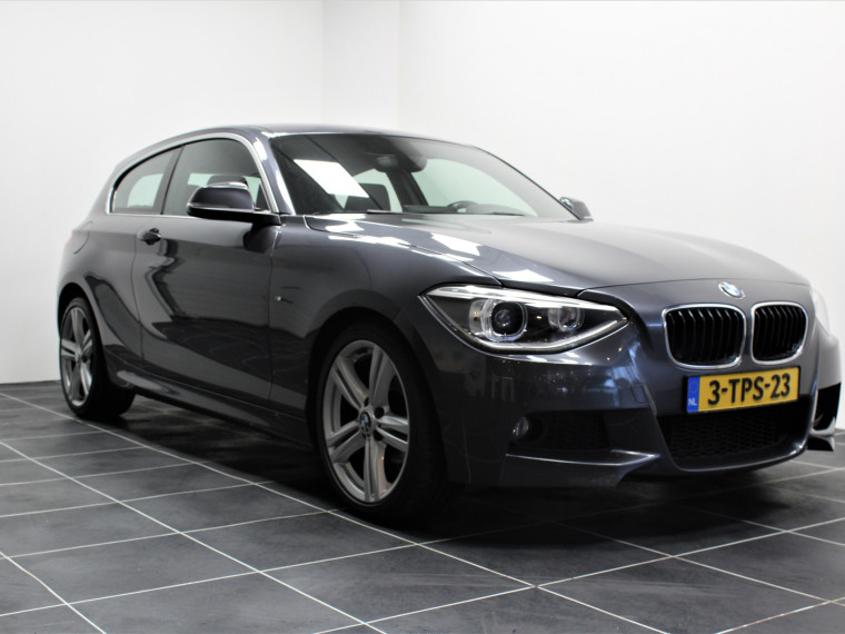 Foto van BMW 1 Serie 116i M Sport/Adaptieve demping/Groot Navi/Sportstoelen/Led