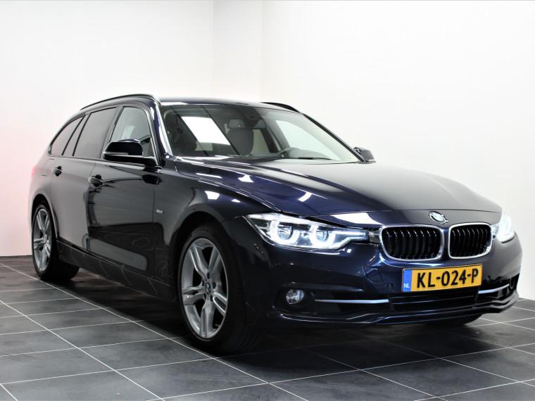 Foto van BMW 3 Serie Touring 320i Sport/Led/Sportstoel/Navi/18 inch