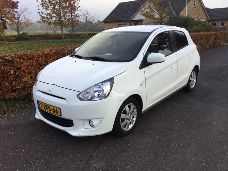 Foto van Mitsubishi Space Star 1.0 Bright