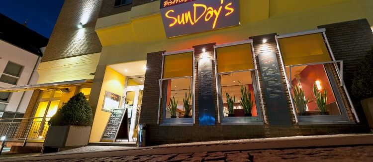 SunDays cafe, bar, restaurant Logo