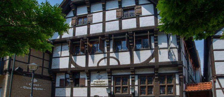 """Baumhove Hotel-Restaurant """"Am Markt"""" Logo"""