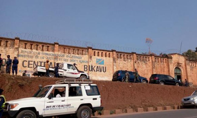 """More than 50 prisoners judged """"dangerous"""" transferred out of Sud Kivu in October"""